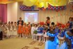 Выступление детей подготовительной группы с песней.